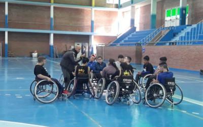 Torneo juvenil de básquet sobre silla de ruedas