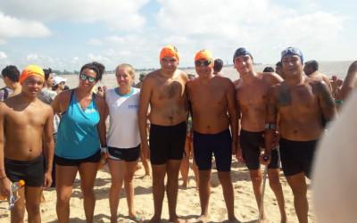 Nadadores de CILSA en el Cruce de la Laguna