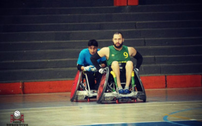¿Cómo se juega al rugby sobre silla de ruedas?
