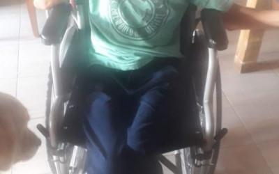 Usuarios del sur argentino recibieron sillas de ruedas