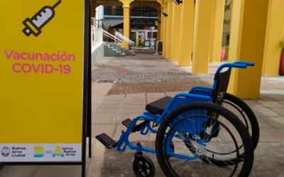 CILSA donó 60 sillas de ruedas a 29 centros porteños de vacunación contra el COVID-19