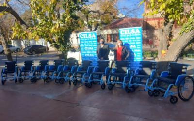 El Hospital Enfermeros Argentinos recibió sillas de ruedas