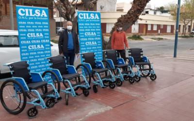 El Instituto Renacer recibió sillas de ruedas