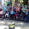 Se entregaron elementos ortopédicos en la Plaza Belgrano