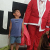 Los niños celebraron la víspera de Navidad