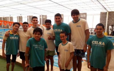 Torneo de natación en Gálvez