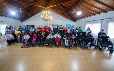 Santa Fe: Se entregaron más de 30 sillas de ruedas