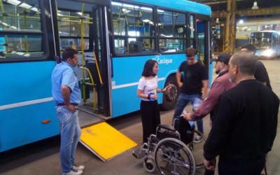Taller de sensibilización para empleados del transporte público